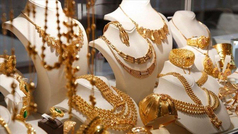 BMD: Tüketici ağustosta giyimden kıstı, elektronik ve mücevhere yöneldi