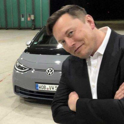 Musk'tan VW'ye sürpriz ziyaret