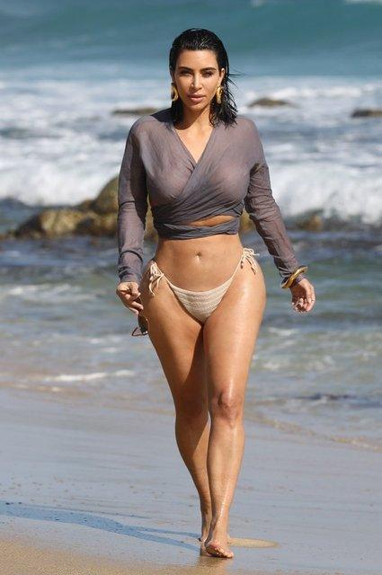 Kim Kardashian'ın kumsal yürüyüşü - Magazin haberleri