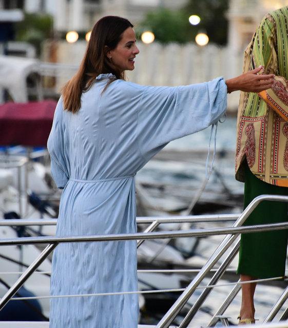 Edvina Sponza teknede Boğaz keyfi yaptı - Magazin haberleri