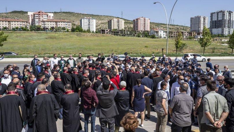 AYM, şehirlerarası yollarda gösteri yürüyüşünü yasaklayan kanunu iptal etti