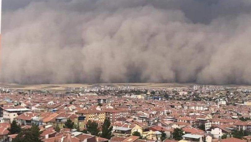 Ankara'da gökyüzünü toz bulutu kapladı