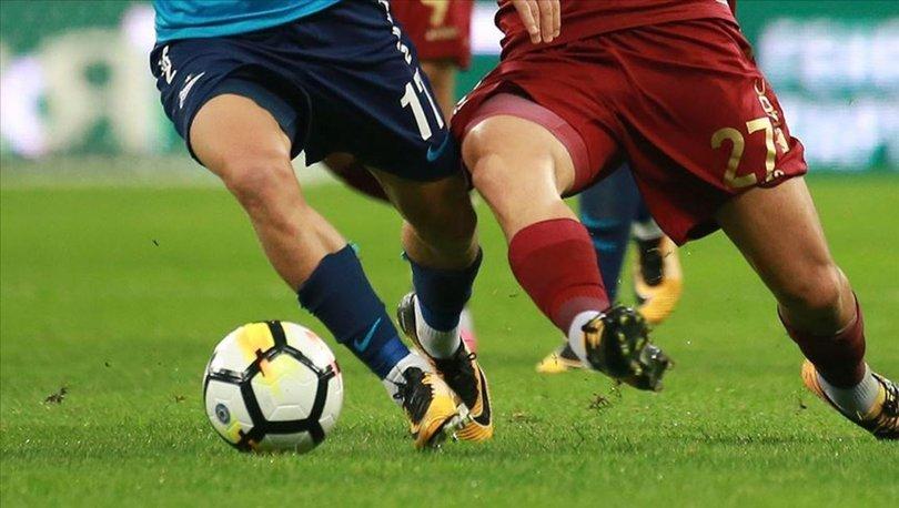 Rusya'da 7 futbolcuda Covid-19 tespit edildi, maç ertelendi