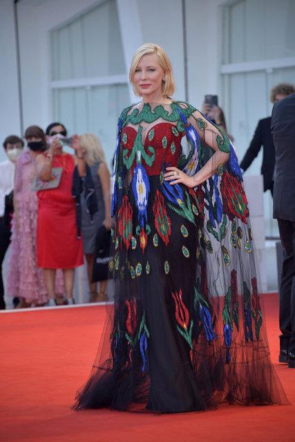 Venedik Film Festivali kırmızı halısı koronavirüs gölgesinde gerçekleşti