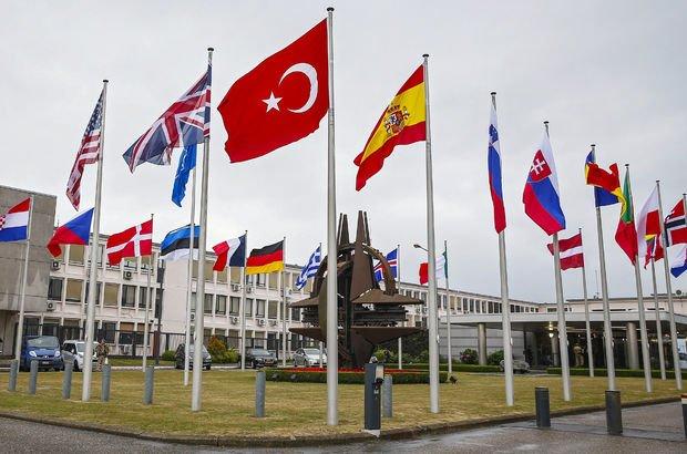 NATO Karargahı'ndaki Türkiye-Yunanistan toplantısında neler konuşuldu?