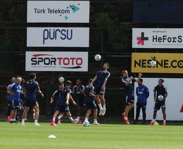 Fenerbahçe'de son dakika transfer haberleri! (19 Eylül)