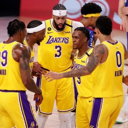 NBA'de Los Angeles Lakers, konferans finallerine galibiyetle başladı