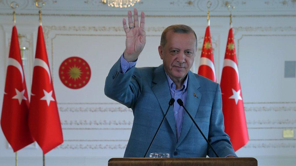 Cumhurbaşkanı Erdoğan dev otoyolu açtı