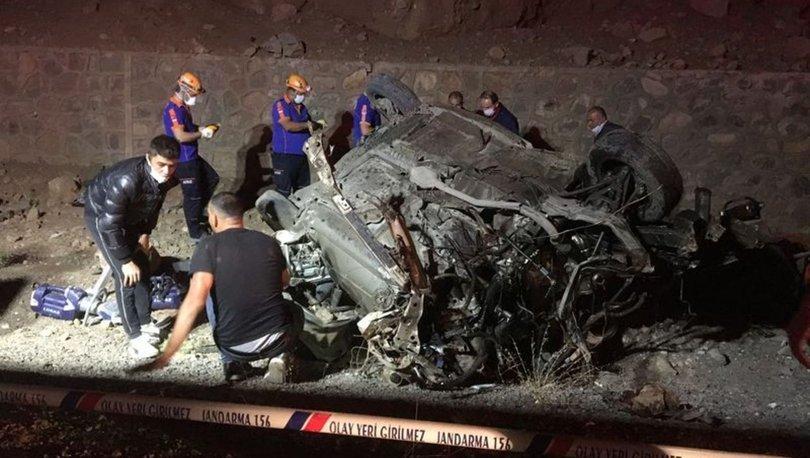 Niğde'de meydana gelen trafik kazasında 3 kişi hayatını kaybetti, 2 kişi yaralandı