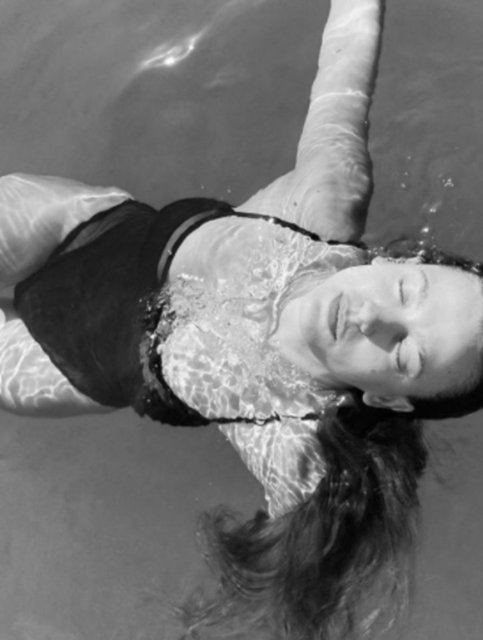 Serenay Sarıkaya: Su ol dostum - Magazin haberleri