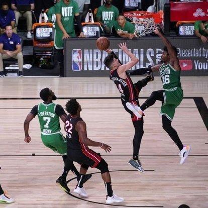 NBA'de Miami Heat, konferans finallerinde seriyi 3-1 yaptı