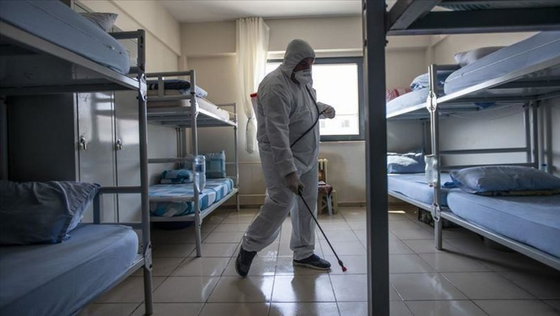 Açık cezaevlerindeki hükümlülerin Kovid-19 izin süreleri 2 ay daha uzatıldı