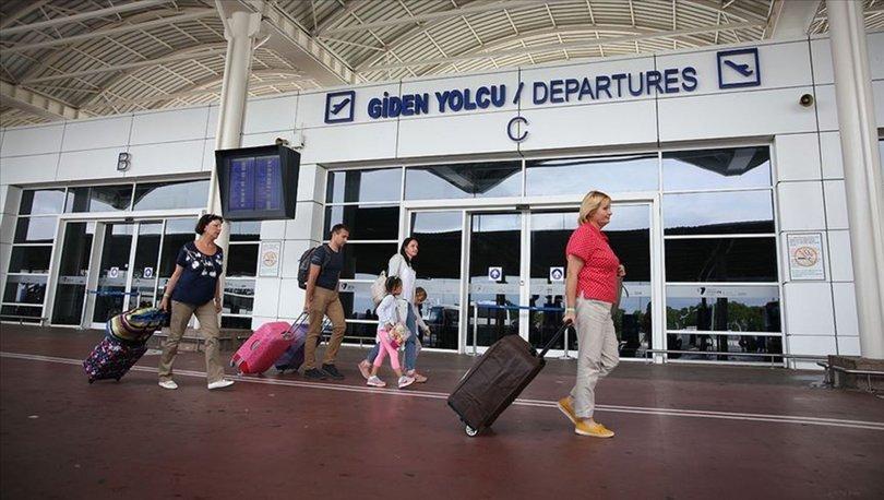 Turizmin 'gözde' havalimanlarından yaz döneminde 13,5 milyon yolcu uçtu