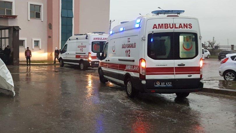 Son dakika haberi! Yaralı için gelen ambulansa saldırdılar!