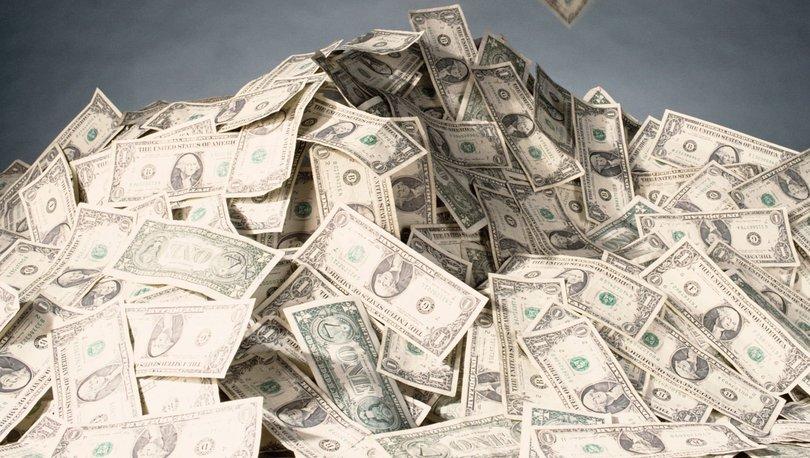 Dolar ve Euro yükselişte, sterlin ilk kez 10 lirayı gördü