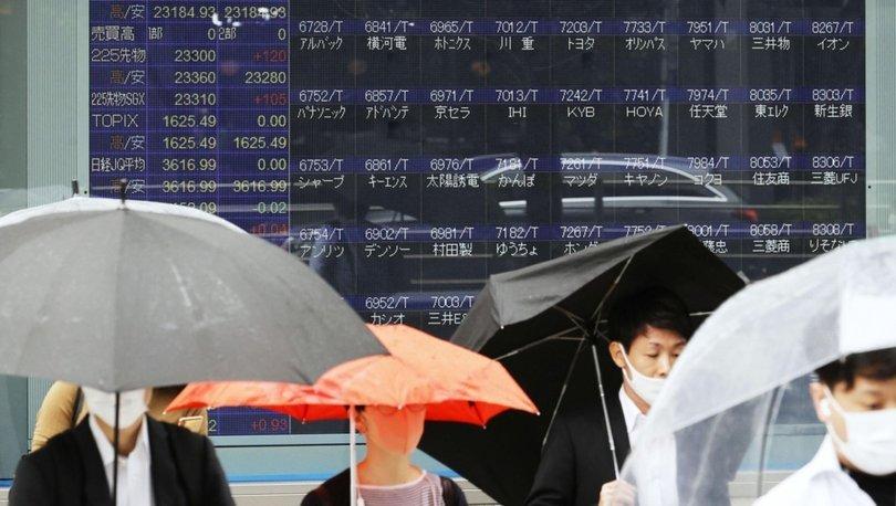 Sistem arızası nedeniyle Tokyo Borsası'nda işlemler durdu