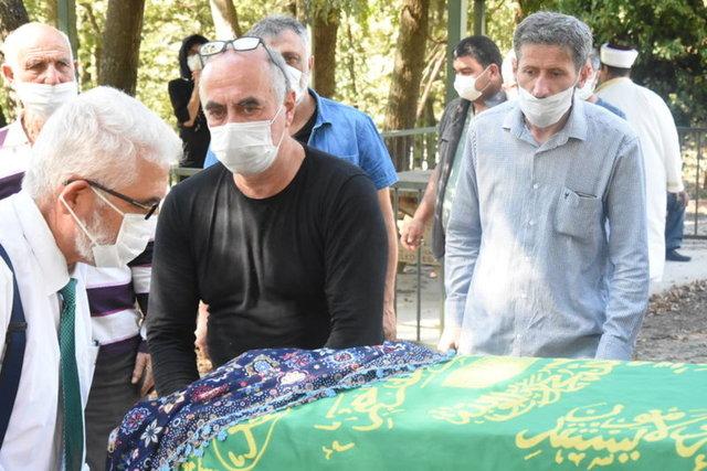 Ezel Akay'ın acı günü - Magazin haberleri