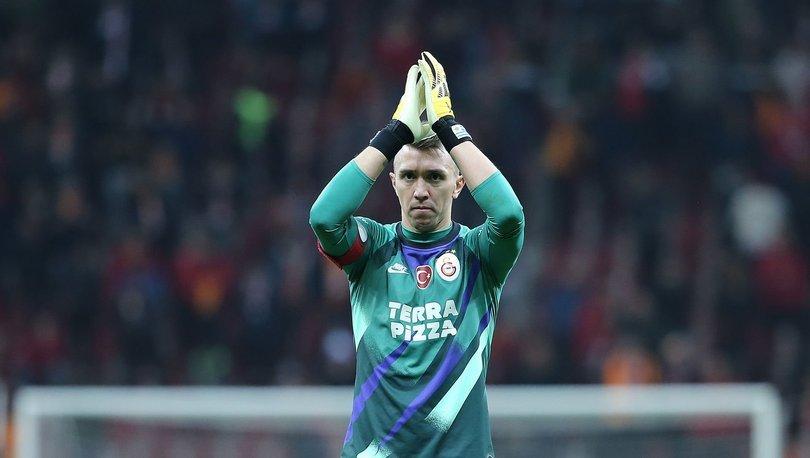 Galatasaray'da Muslera'nın lisansı çıktı - GS haberler