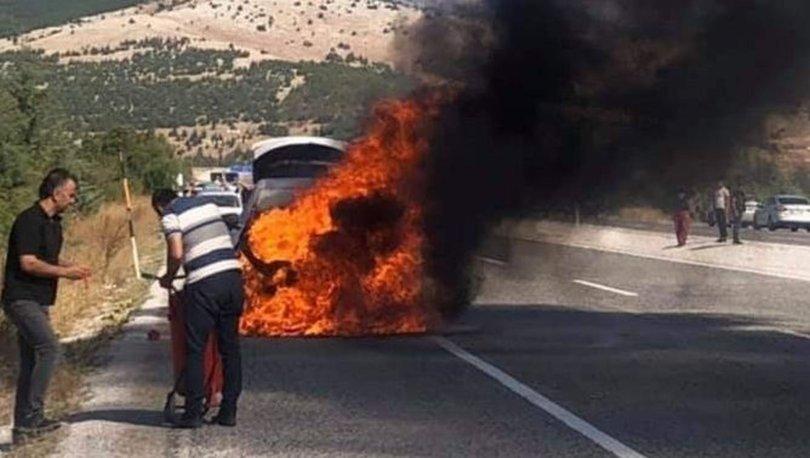 Son dakika! KORKUNÇ! Denizli'de sıfır araç alev alev yandı! Arkadan gelen sürücü kurtardı - Haberler