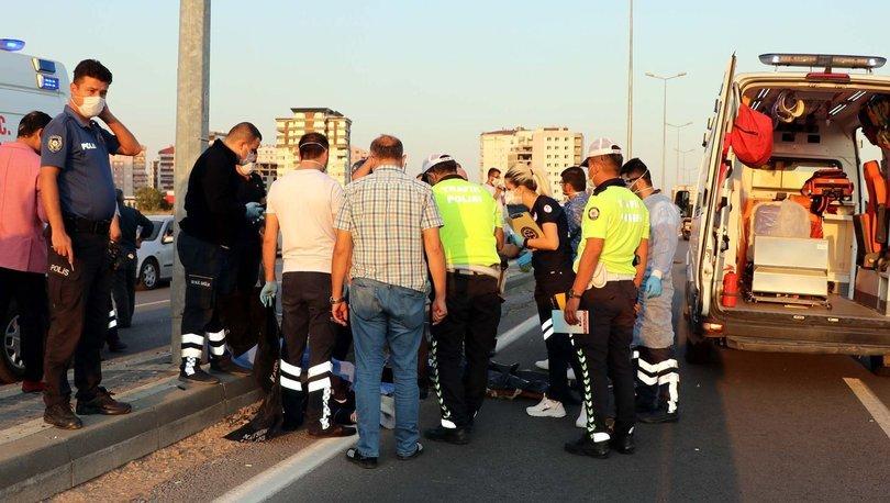 Son dakika: Feci kaza! Devrilen motosikletteki 2 kişi öldü