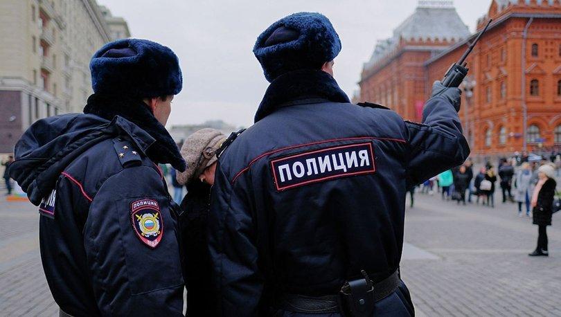 Rusya'da sinir krizi geçiren 18 yaşındaki genç dehşet saçtı: 4 ölü, 3 yaralı - HABERLER
