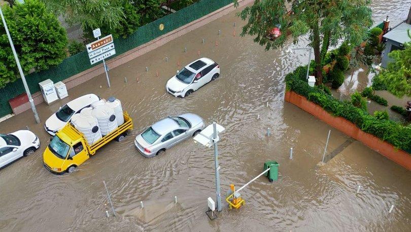 Son dakika ISLANACAĞIZ: Şiddetli yağış İzmir'i vurdu!