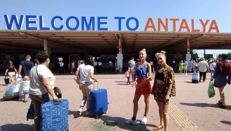 Antalya'ya gelen yabancı turist sayısı 3 milyonu geçti