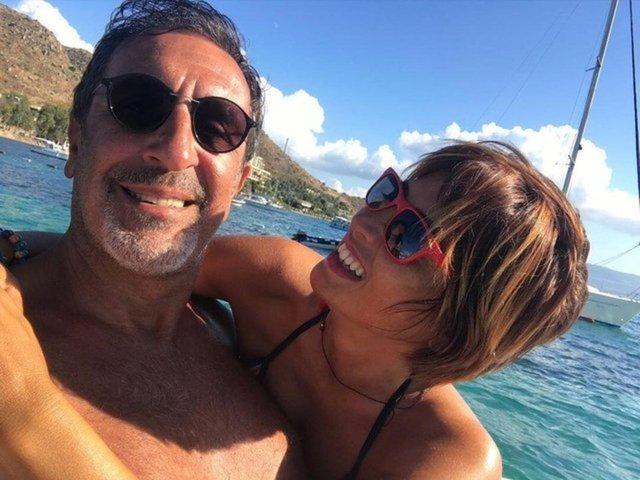 Cem Özer'den eşi Pınar Dura ile romantik paylaşım - Magazin haberleri
