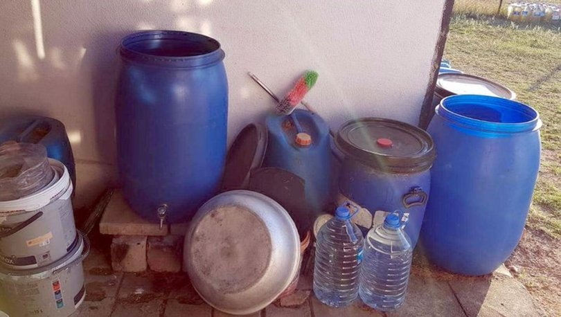 Tekirdağ'ın iki ilçesinde toplam 1812 litre sahte içki ele geçirildi
