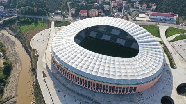 Çotanak Stadı'nda son rötuşlar! Geri sayım başladı