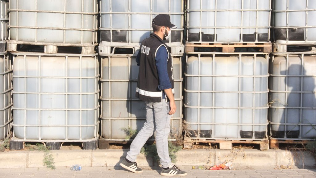 Akaryakıt kaçakçılığı terörü finanse ediyor