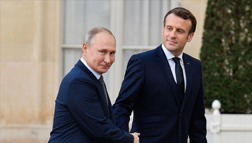 Macron, Putin'den terörle mücadelede iş birliğinin güçlendirilmesini istedi