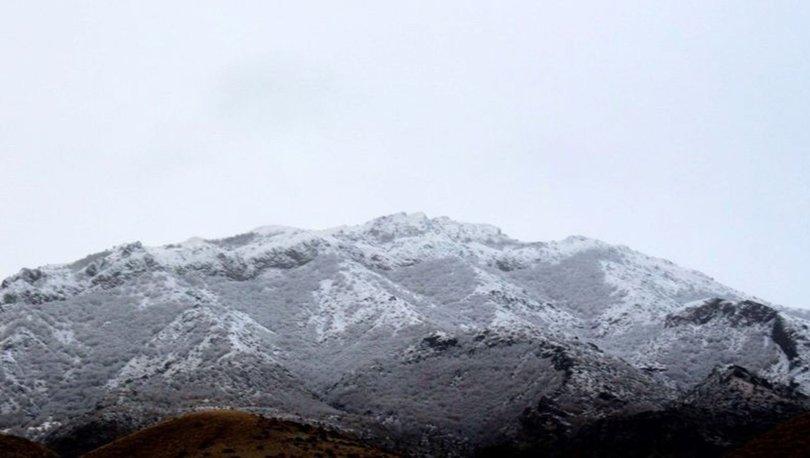 Erzincan'ın yüksek kesimlerine kar yağdı