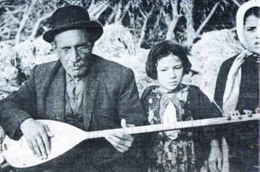 Ünlü halk ozanı Atatürk ile tanışma şansını kıl payı kaçırdı