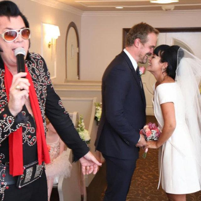 Lily Allen düğünde giydiği gelinliğin hikayesini anlattı - Magazin haberleri