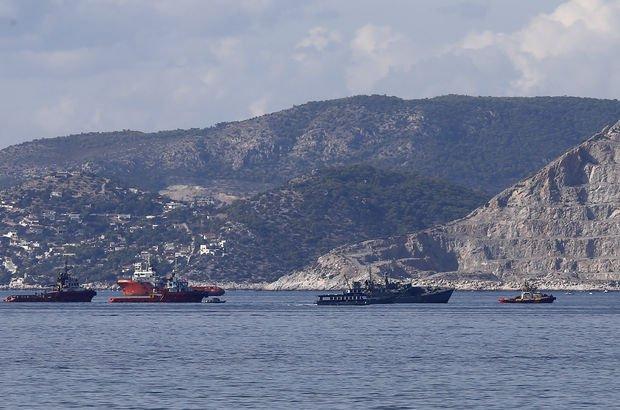 Yunanistan'da gemi kazası: Donanma gemisi ağır hasar aldı!