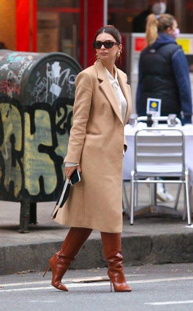 Emily Ratajkowski New York sokaklarında - Magazin haberleri