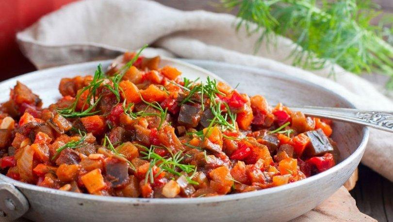 Zeytinyağlı patlıcan yemeği tarifi, nasıl yapılır?