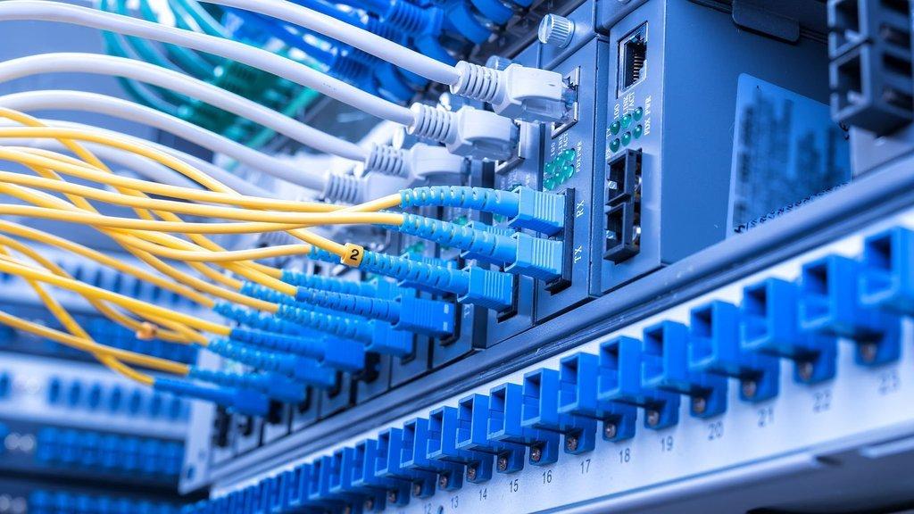 İnternette 'pasif altyapı' tartışması
