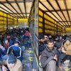 TIR dorsesinden 210 göçmen çıktı
