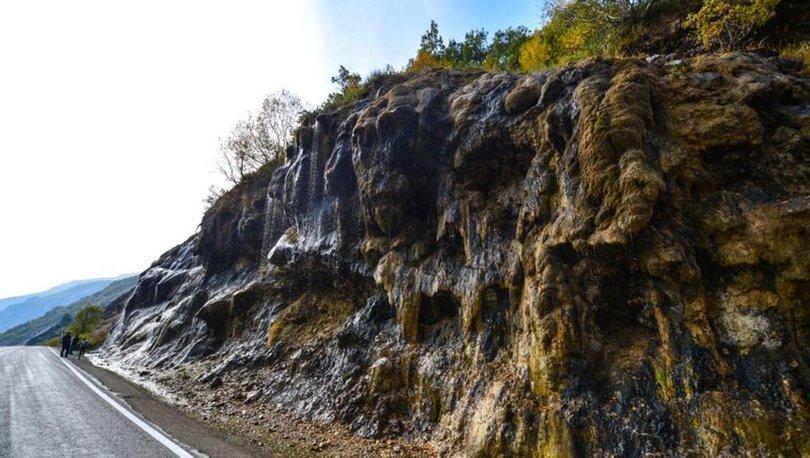 Ağlayan Kayalar sonbaharda doğa tutkunlarını cezbediyor