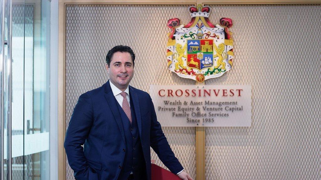 Türk bankacı Crossinvest Asia'yı aldı