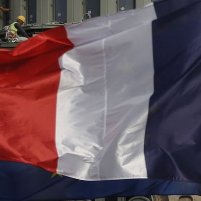 SON DAKİKA Fransa'nın Cidde'deki konsolosluğuna saldırı!