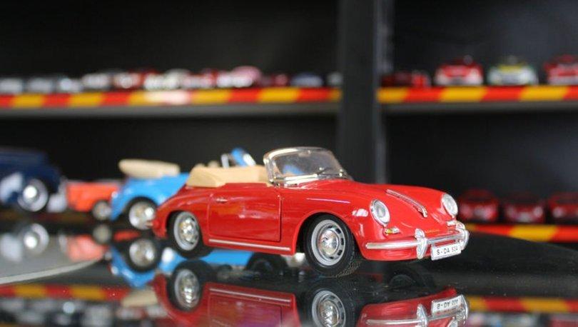 42 yılda 1000'in üzerinde oyuncak araba biriktirdi