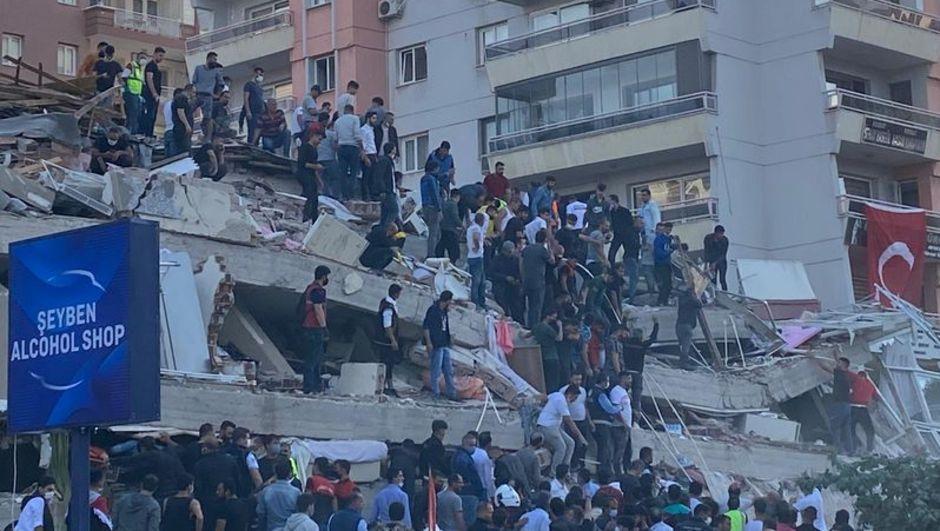 """Deprem bilimci Prof. Dr. Sözbilir: """"13 faydan 1'i kırıldı! Şiddeti 8!"""""""