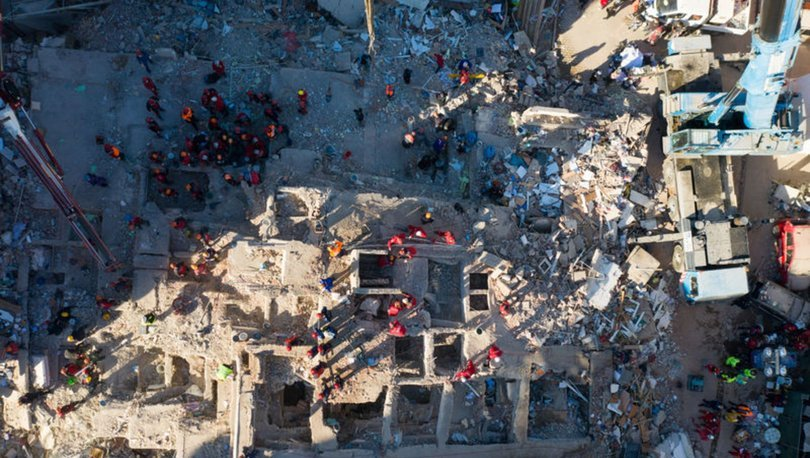 SON DAKİKA! İzmir'deki depremde can kaybı artıyor! Acı haber geldi! İzmir deprem son gelişmeler