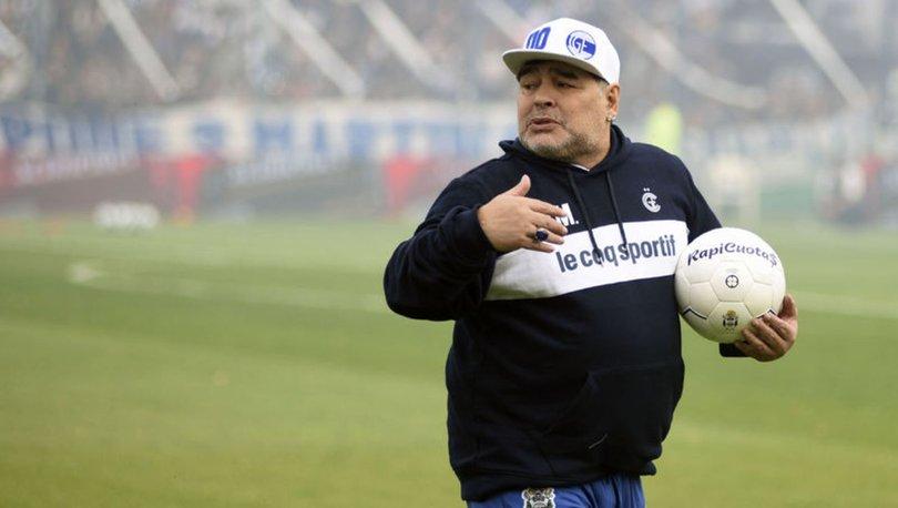 Maradona hastaneye götürüldü