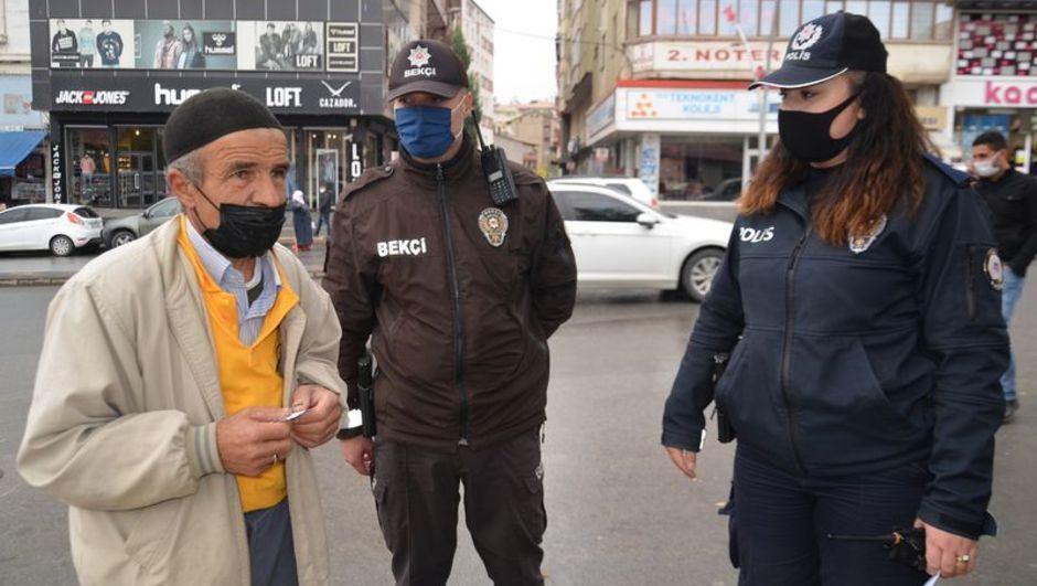 Muş Valisi'den sokakta sigara yasağı açıklaması