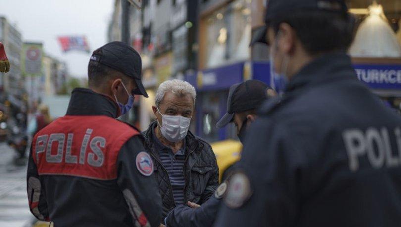 İstanbul'da, yeni tip koronavirüs (Kovid-19) tedbirleri kapsamında toplu taşıma araçları denetlendi