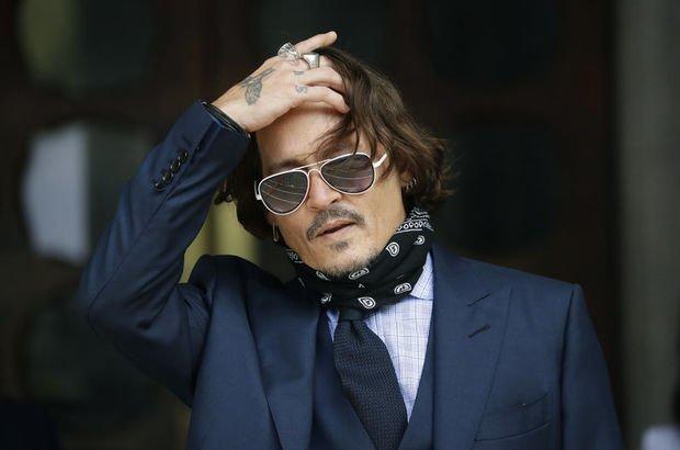 Johnn Depp'e bir şok daha!
